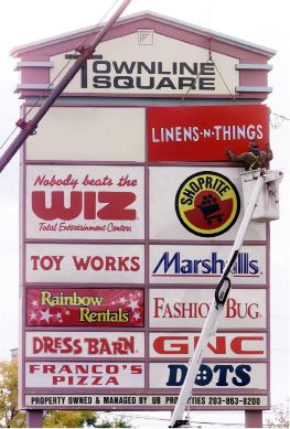 The sign for Linens-N-Things goes up at Townline Square on Tuesday afternoon October 10,2000. The store, located on Rt 5 in Meriden, is slated to open sometime before the end of this year.