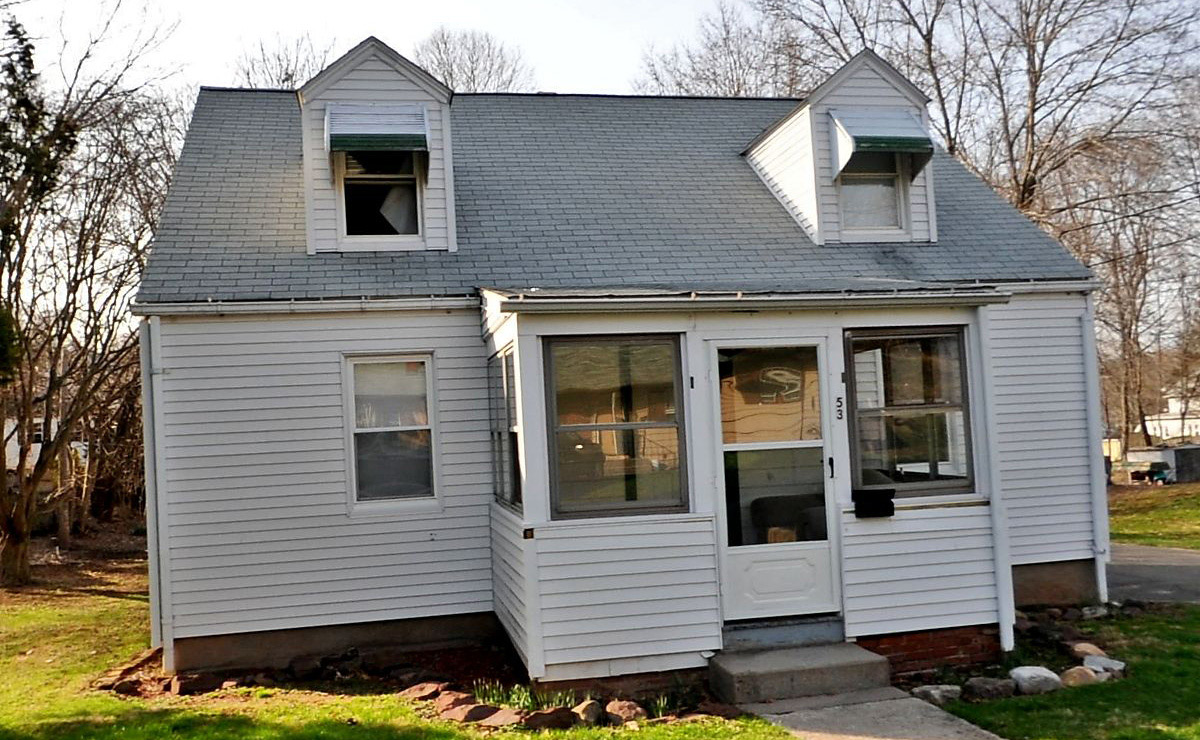 Dipolmat Property Manager, LLC to Prime Homes of CT, LLC, 53 Lanquette St., $62,000.