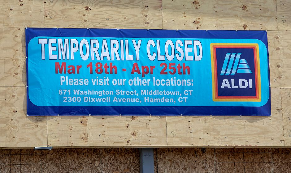 A sign displayed at Aldi in Wallingford as construction continues there, Wed., Mar. 27, 2019. Dave Zajac, Record Journal
