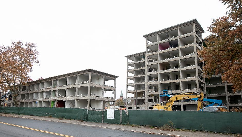 Crews continue demolition of the former Mills Memorial apartments on Mill Street in Meriden, Mon., Nov. 5, 2018. Dave Zajac, Record-Journal