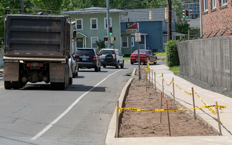 Motorists travel west on Hall Avenue in Wallingford where streetscape improvements are underway, Wed., May 22, 2019. Dave Zajac, Record-Journal