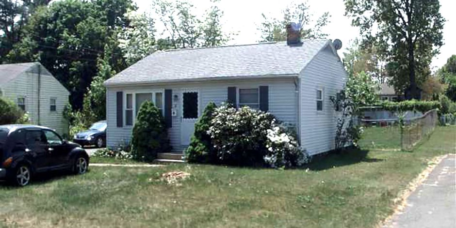 FNMA to Keith Murray, 36 Pinecrest Drive, $116,900.