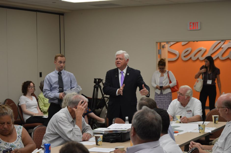 U.S. Rep. John Larson, D-1, makes his pitch for tunneling interestates 84 and 91 during a meeting on Aug. 10, 2017 in Hartford on the Department of Transportation