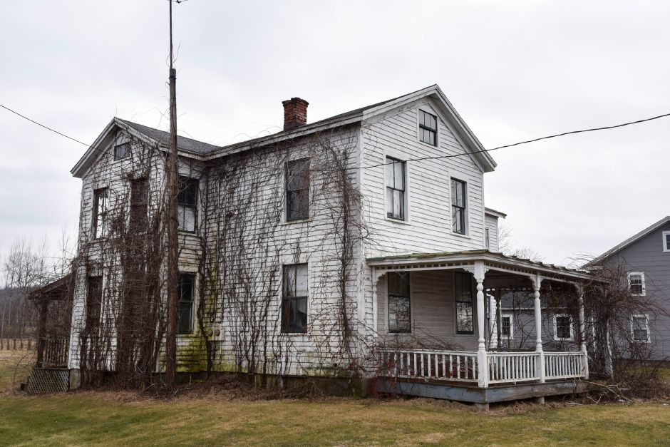 A vacant residential home built in the 1800s on 37 Main St., Durham, photographed on Friday, Jan. 18, 2019. The town is considering a proposal that would create a public safety complex around the current firehouse at 41 Main St., that would include two neighboring parcels. | Bailey Wright, Record-Journal