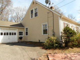 Michael Dziedzic to Brendale Campbell, 84 Lakeview Ave., $188,000.