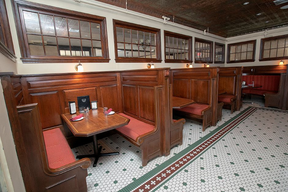 Booths in the bar of the Waverly Inn, 286 Maple Ave. Cheshire, Fri., Mar. 1, 2019. Owners of the Waverly Inn restaurant have the historic location for sale but said until they find the next owner everything is business as usual. Dave Zajac, Record-Journal