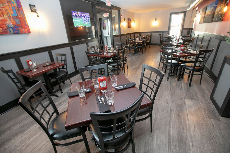 The dining room at Amici Tavern, 43 Broadway, North Haven, Wed. Feb. 6, 2019. Dave Zajac, Record-Journal