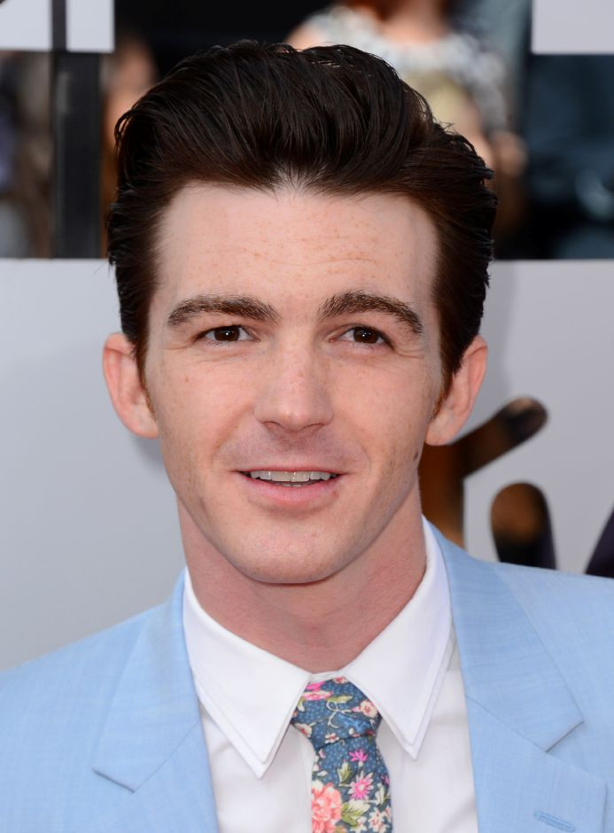 Drake Bell arrives at the MTV Movie Awards on Sunday, April 13, 2014, at Nokia Theatre in Los Angeles. (Photo by Jordan Strauss/Invision/AP)