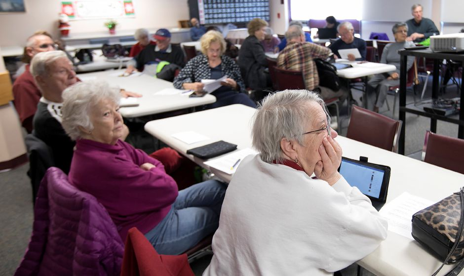 Wallingford Senior Center members attend a cyber security workshop at Wallingford Senior Center, Wednesday, Nov. 29, 2017. Dave Zajac, Record-Journal