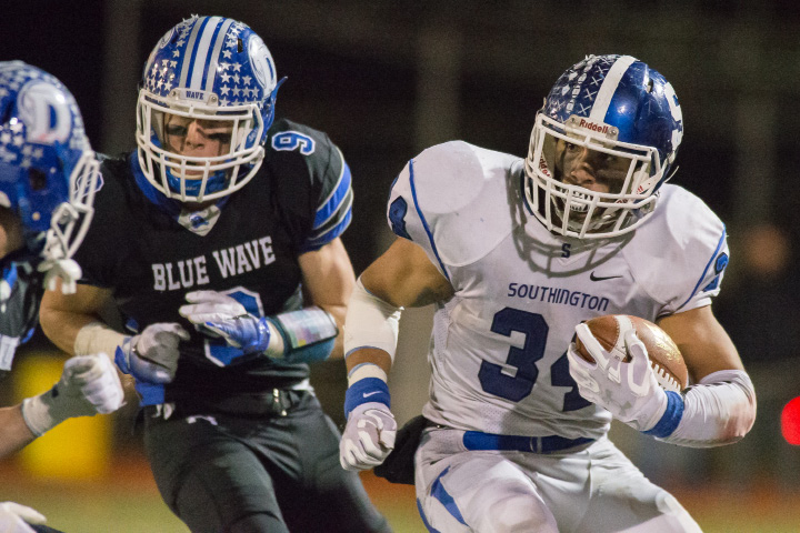 Running back/linebacker Vance Upham, Southington