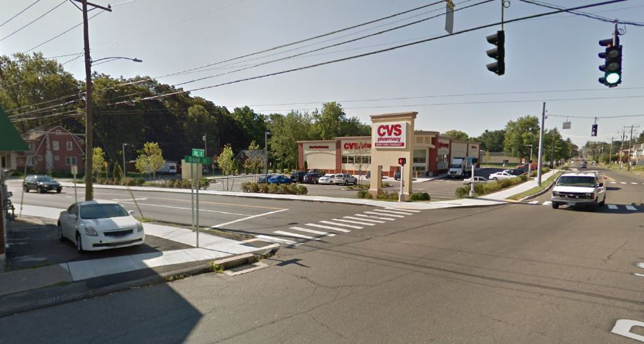meriden police investigating two reported purse snatchings at cvs on