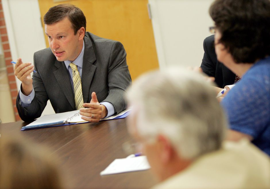 Congressman Chris Murphy speaks during a round table discussion in the Community room at the Record Journal in Meriden July 7, 2008. Topics included surging oil prices and the economy during the Chamber of Commerce sponsored meeting. (dave zajac photo)