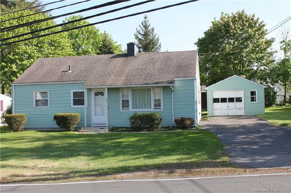 Richard A. Gagne to Ana M. Snedeker, 321 Baldwin Ave., $124,000.