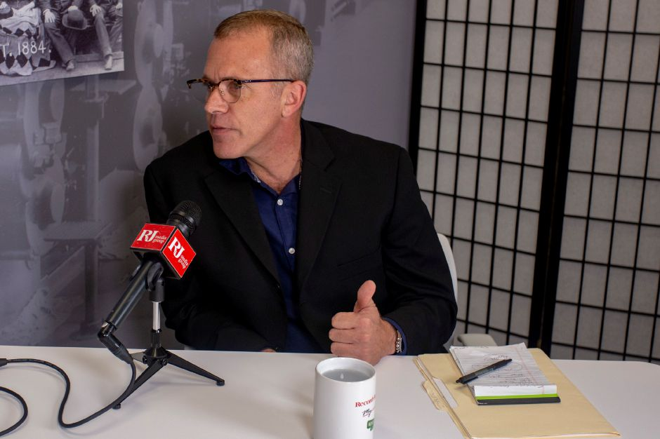 Libertarian candidate Rod Hanscomb talks with Record-Journal editor Mike Savino Sept. 12, 2018 about running for governor. | Richie Rathsack, Record-Journal
