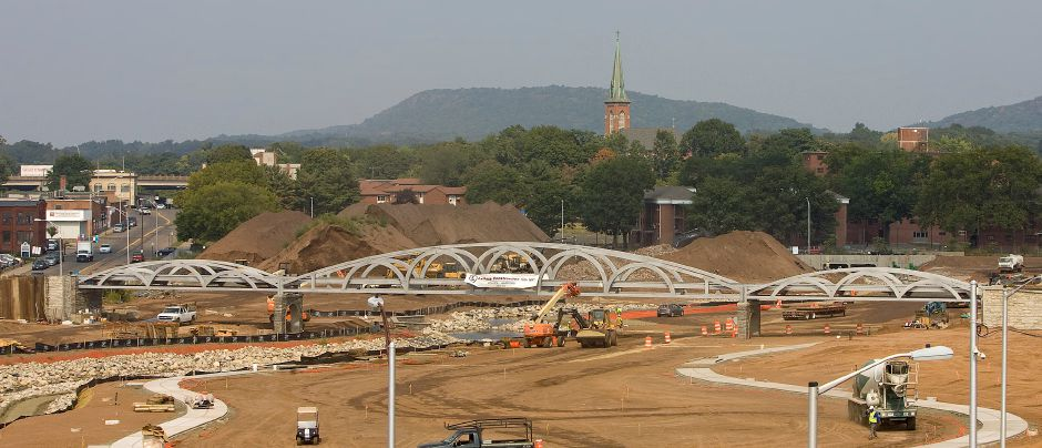 The assembled pedestrian bridge spanning the downtown Hub park in Meriden, Thursday, September 3, 2015. | Dave Zajac / Record-Journal