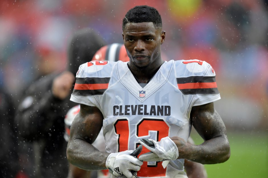 Cleveland Browns receiver Josh Gordon walks off the field after an NFL football game against the Pittsburgh Steelers, Sunday, Sept. 9, 2018, in Cleveland. The Browns and the Steelers tied at 21-21. (AP Photo/David Richard)David Richard