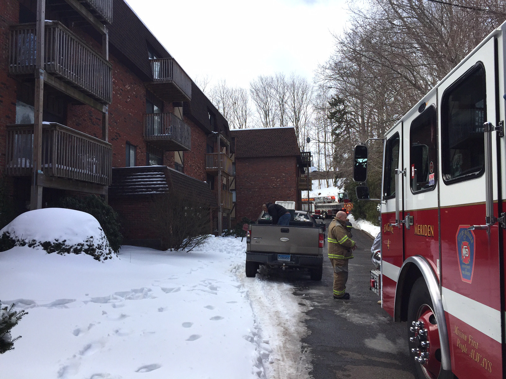 Fire at Atrium apartments on East Main Street, Saturday, March 18. |Ashley Kus, The Record-Journal