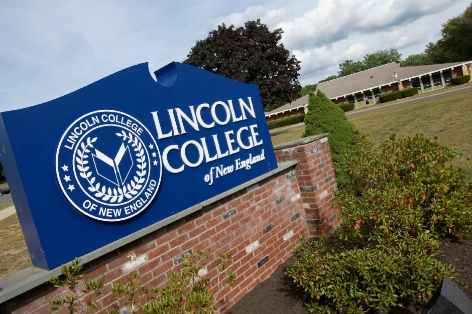 Lincoln College of New England in Southington, Tuesday, September 20, 2016. The college is celebrating 50 years in the community. | Dave Zajac, Record-Journal