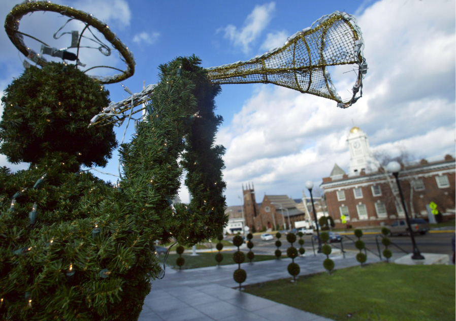 File photo - Angel trees beautify the landscape in front of the Curtis Cultural Center on E. Main Street in Meriden Dec. 2, 2003.
