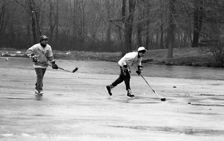 Taing time for some fun on the ice at North Farms Reservoir in Wallingford Jan. 2, 1989.