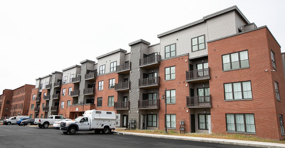 The newly constructed Parker Place Apartments in Wallingford, Tuesday, Sept. 11, 2018. Construction is continuing on Parker Place Apartments while the first tenants move in. Dave Zajac, Record-Journal