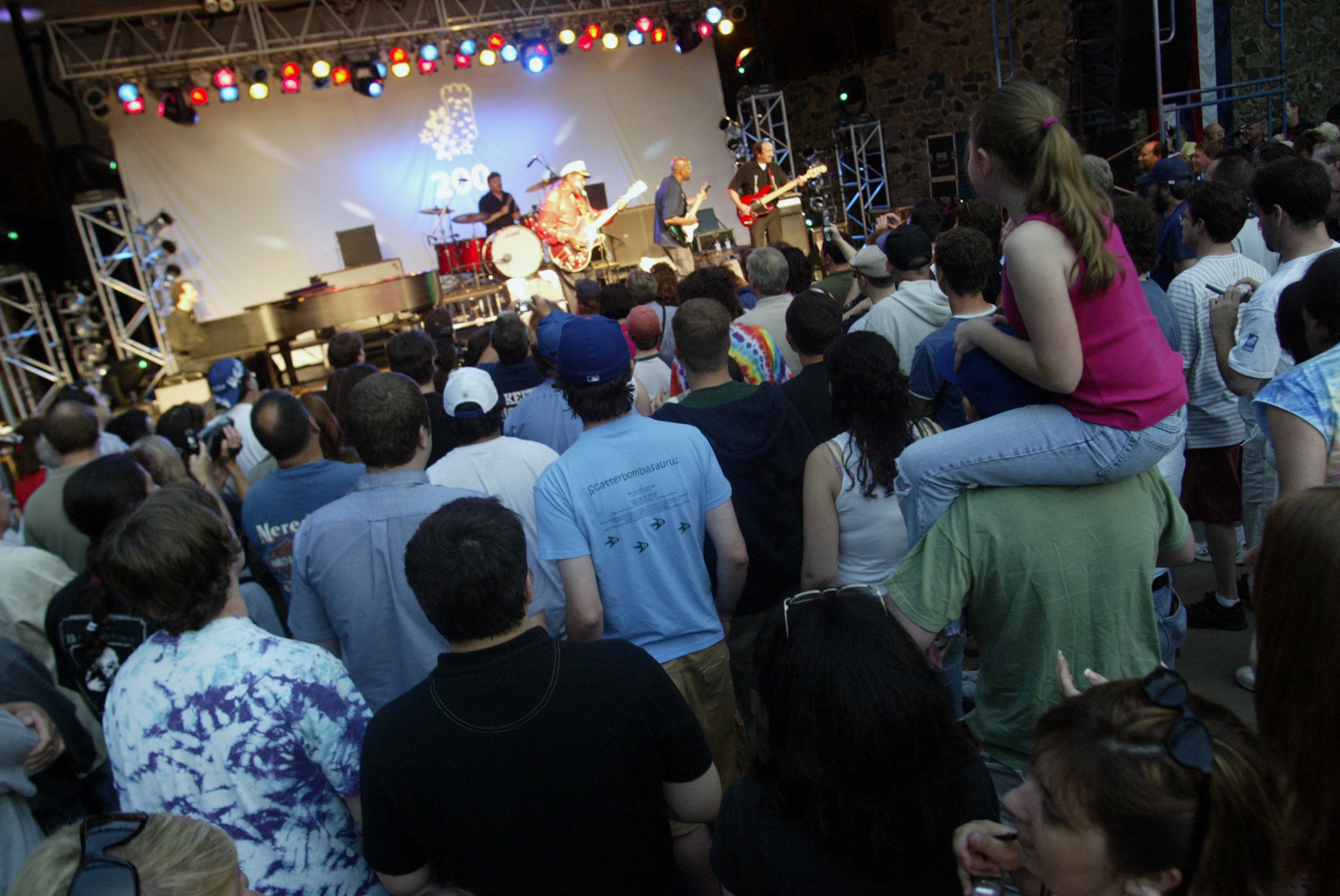Chuck Berry performs for a large crowd at Hubbard park on June 17, 2006.  More than 5,000 people crowded in front of the bandshell at Hubbard park to see Berry perform.