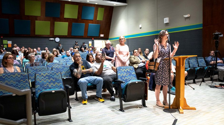 The public largely opposed the Tilcon Connectcut proposal to expand their Plainville quarry at a public hearing held at Gaffney Elementary School in New Britain on June 26, 2018. | Devin Leith-Yessian/Record-Journal