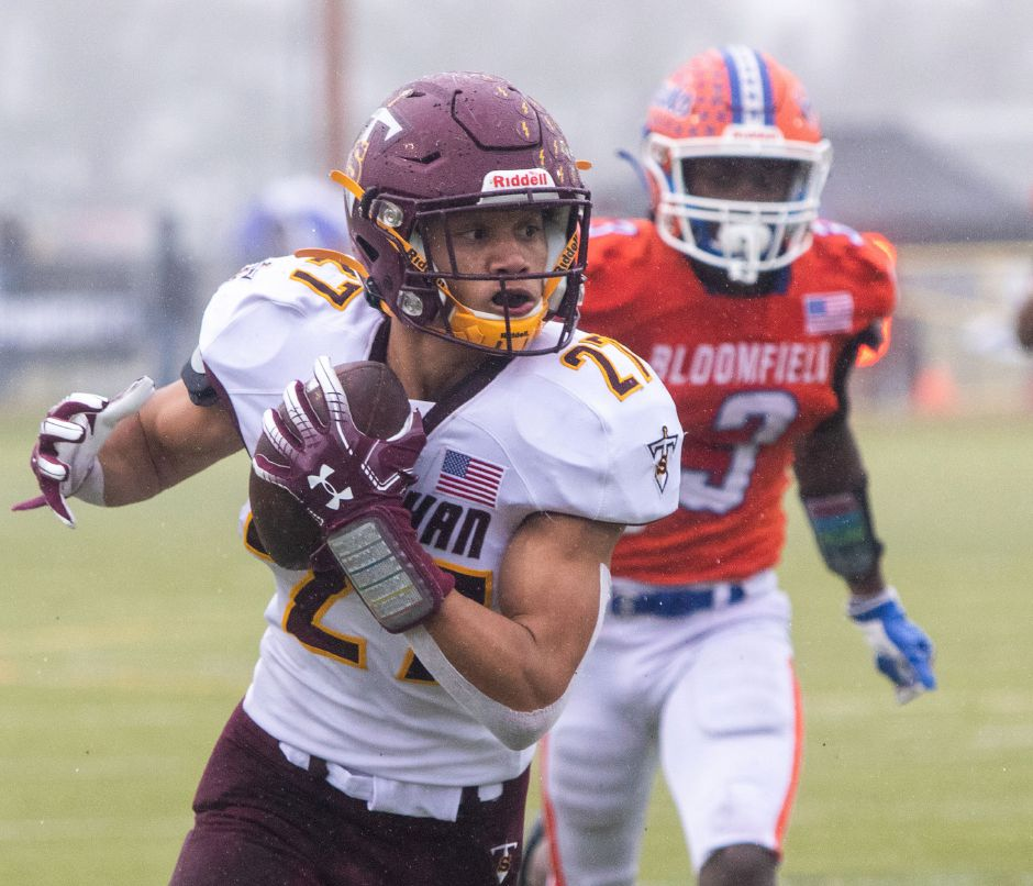 Sheehan's Jordan Davis runs the ball in for a touchdown against Bloomfield during the first half at Trumbull High School during the CIAC Class S Championship Football game. Aaron Flaum, Record-Journal