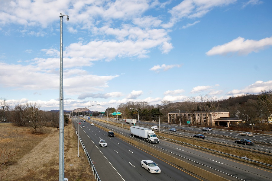 A traffic cam pole installed along Route 15 and Interstate 91 south in Meriden, Wed., Jan. 20, 2021. Dave Zajac, Record-Journal