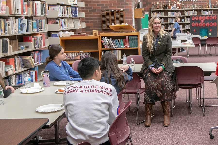 Scarlett Lewis, founder of the Choose Love Movement, talks to students at Washington Middle School in Meriden, Thurs., Feb. 27, 2020. Lewis started Choose Love in honor of her son, Jesse, who was a victim of the shooting at Sandy Hook Elementary School. Dave Zajac, Record-Journal