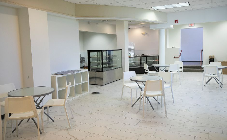 Mix Fine Cakes and Pastries, a new business nearing completion next to Flair Restaurant and Bar at 98 Main St. in Southington, Thurs., Aug. 29, 2019. Dave Zajac, Record-Journal