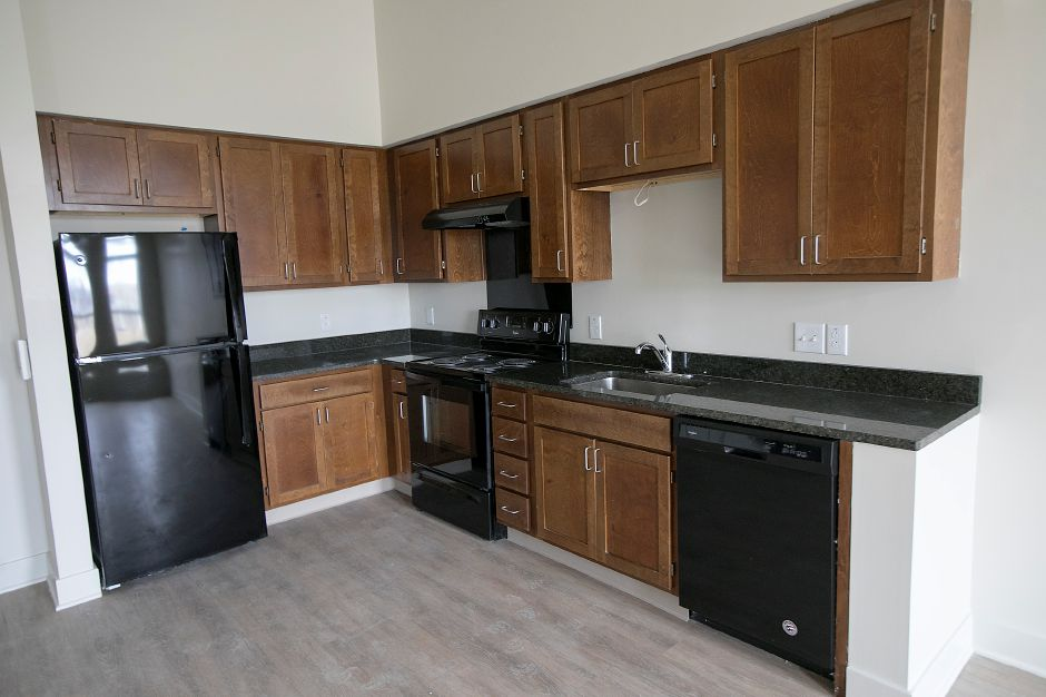 The kitchen of an apartment in Meriden Commons l on State Street, Friday, Feb. 16, 2018. The developer is accepting applications for the 75 apartments in the complex, expected to open in April. Dave Zajac, Record-Journal