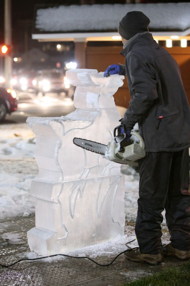 Live ice sculpting on the green during the annual Southington White Christmas in the Community event on Friday night, Dec. 6, 2019. Emily J. Tilley, special to the Record-Journal.
