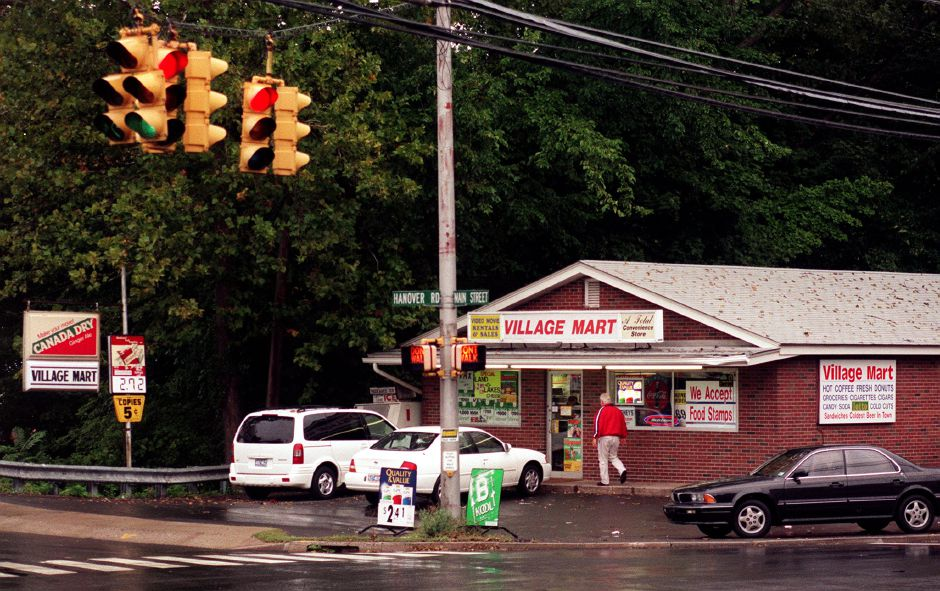 The Village Mart on the corners of Main Street and Hanover Road in South Meriden. Between the Village Mart and The Village Barber there are more and more store vacancies, Oct. 1999.