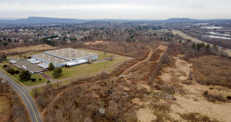 View looking north from Northrop Road shows a 50-acre site at 850 Murdock Ave. which borders Flexo-Converter, left, in Meriden, Mon., Jan. 11, 2021. The site is being considered for a 163,000-square foot warehouse and distribution operation. Dave Zajac, Record-Journal
