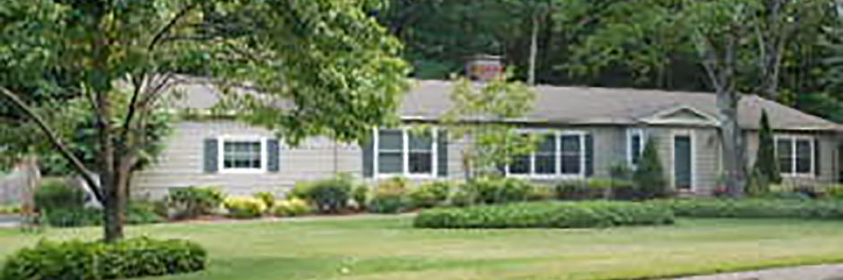 Mark B. Fineman and Susan R. Fineman to Brian G. Lindgren and Lida S. Fattahi, 1244 Wolf Hill Road, $390,000.