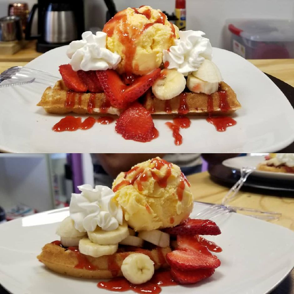 Waffles at Stravaganxxa, 182 Quinnipiac Ave. in Wallingford. | Photo Courtesy of Stravaganxxa