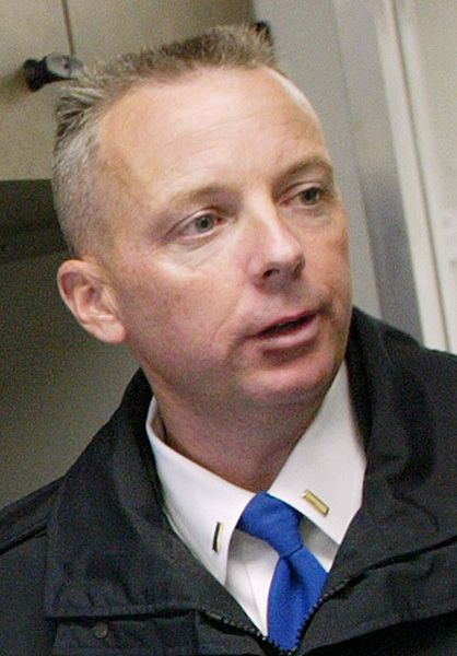 FILE: Lt. William Wright at the Wallingford Police Dept. Tuesday October 17, 2006. | Dave Zajac / Record-Journal