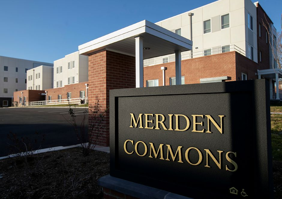 Meriden Commons II as seen from Cedar Street in Meriden. Pennrose Properties and the Meriden Housing Authority will host a ribbon-cutting at Meriden Commons II on Thursday to celebrate the opening of 76 new units of market rate and affordable housing. Dave Zajac, Record-Journal