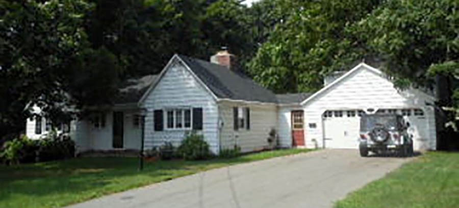 George Rebuilt LLc to Robert T. Skinnon, 40 George Ave., $384,900.