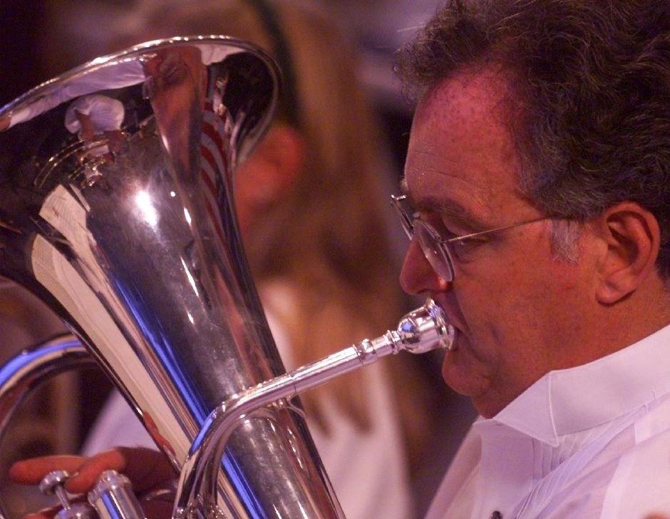 Dr. Daniel Schwartz plays hid English hord with the Meriden Symphony Orchestra Thurs. night, July 1, 1999 at Hubbard Park.