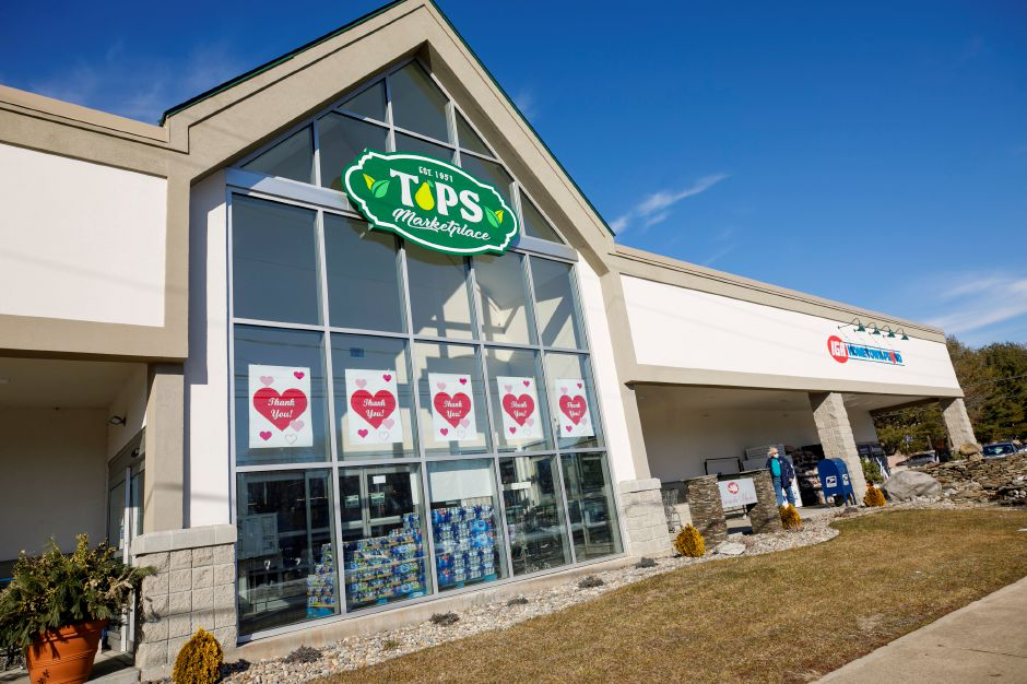 Tops Marketplace in Southington, Wed., Feb. 24, 2021. Dave Zajac, Record-Journal