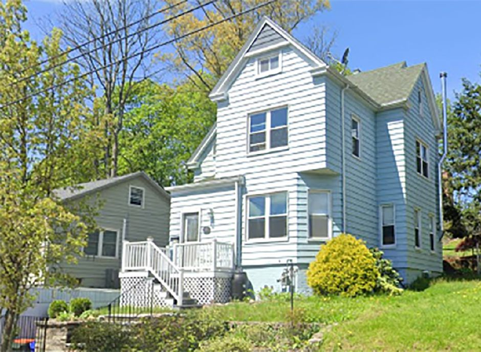 Margaret A. Borelli to Laura Barnard-Callachan and Edward Jones, 89 Fair St., $235,000.