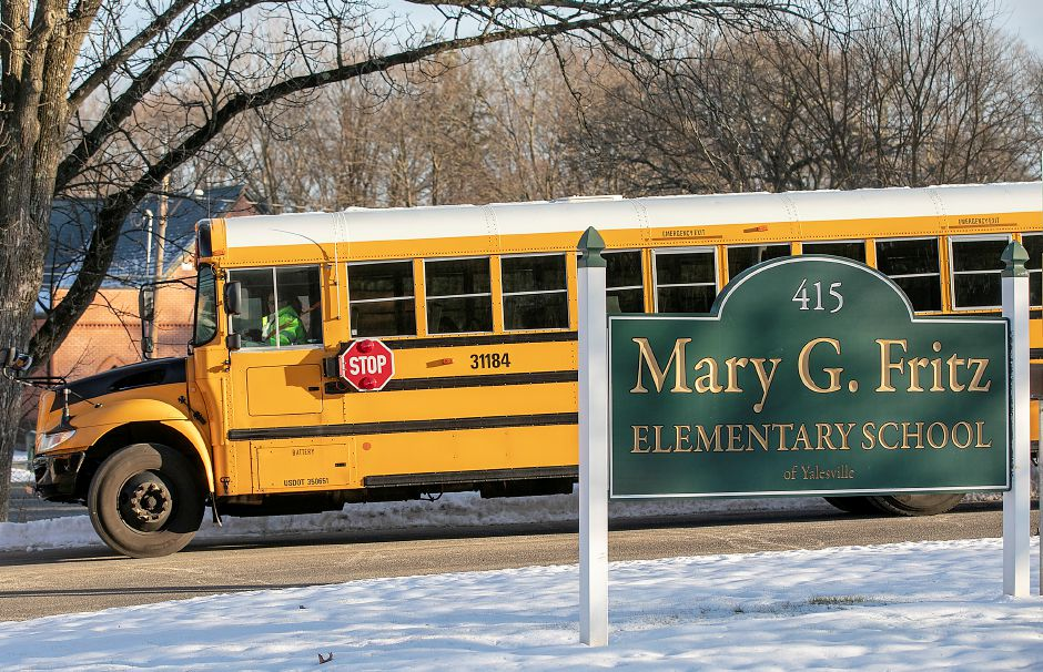 Buses leave Mary G. Fritz Elementary School at the end of the school day in Wallingford, Jan. 21, 2020. | File photo