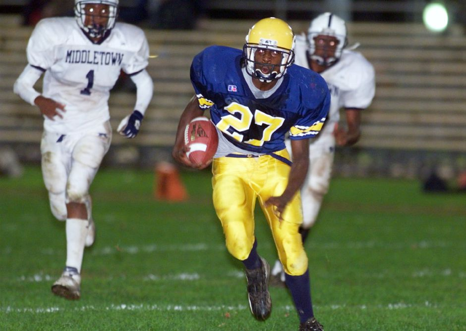 Julius Nelson, Platts #27 runs the ball a few yards short of a touchdown at the end of the second quarter Oct. 1, 1999.