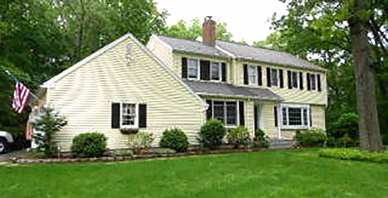 Steven J. Roberts to Brain R. Foly and Brian R. Foley, 11 Braemar Drive, $43,000.