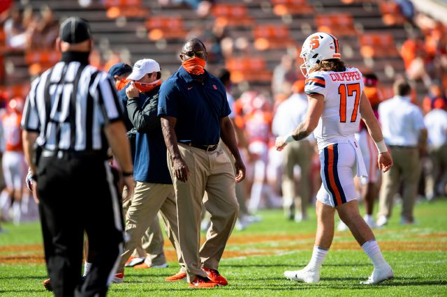 No. 1 Clemson wakes up late, tops Syracuse