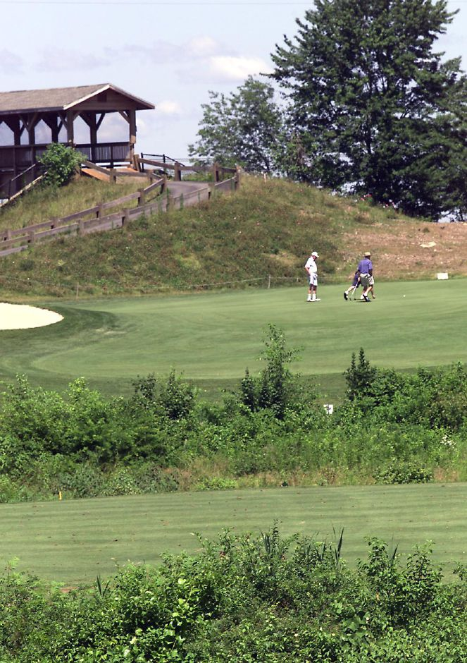 Harbour Ridge Golf club in Wallingford has been sold to a Boston based partnership July 11, 2000.