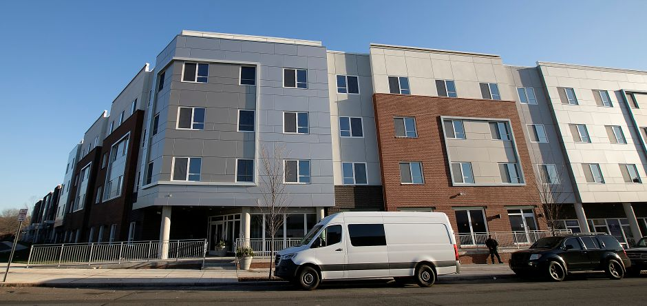 Meriden Commons II as seen from State Street in Meriden, Tues., Nov. 26, 2019. Pennrose Properties and the Meriden Housing Authority will host a ribbon-cutting at Meriden Commons II on Dec. 5 to celebrate the opening of 76 new units of market rate and affordable housing. Dave Zajac, Record-Journal