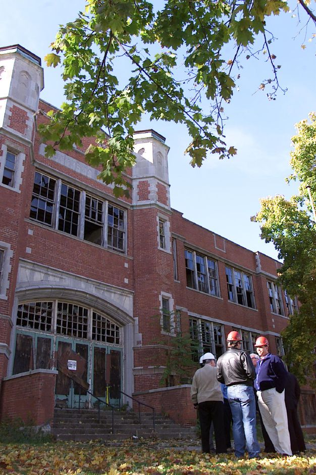 Local politicians and other glitterati at Oct. 28, 1999 dedication ceremony to raze the old Jefferson School to make way for the new post office